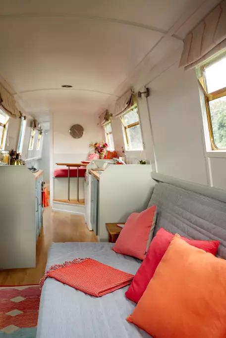 GJW Blog - Narrowboat Interior 2