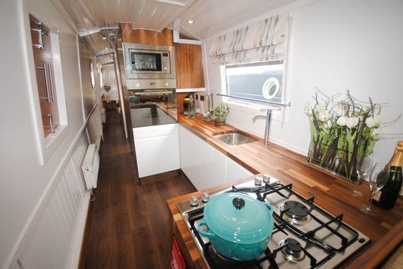 GJW Blog - Narrowboat Interior 6